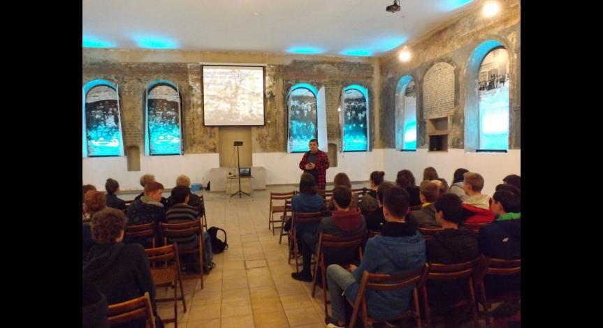 Powiększ obraz: 74. rocznica wybuchu powstania więźniów w Sobiborze