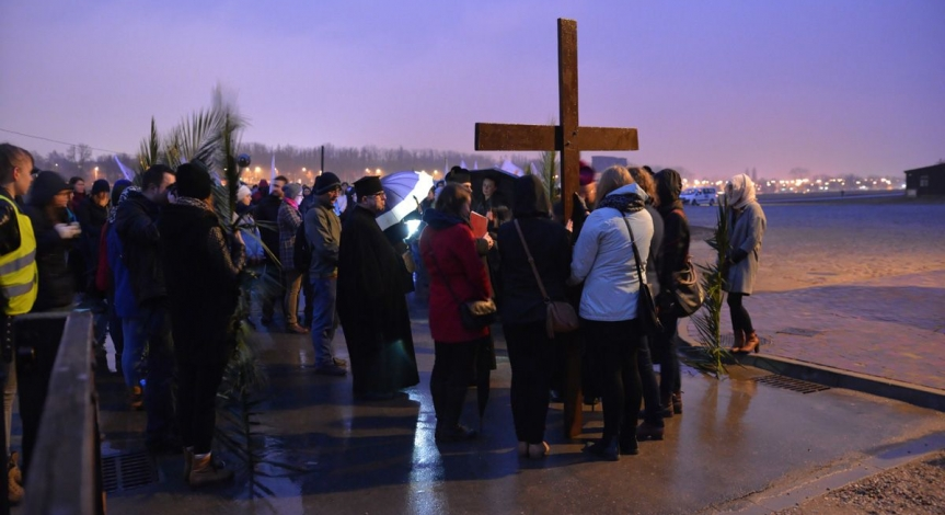 Powiększ obraz: The Way of the Cross 2015