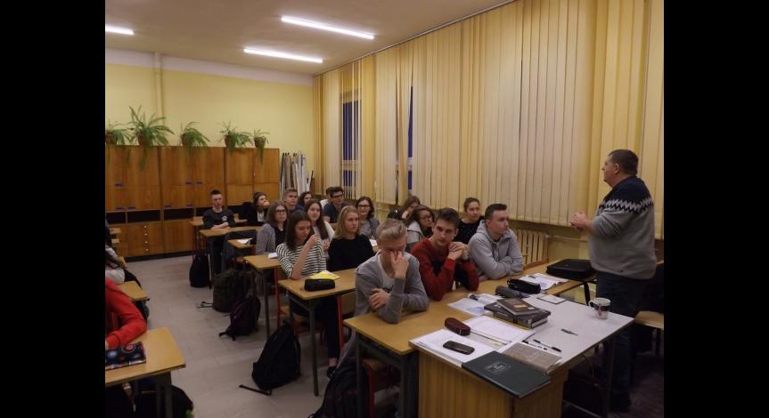 Powiększ obraz: Lekcje o historii obozu zagłady w Sobiborze