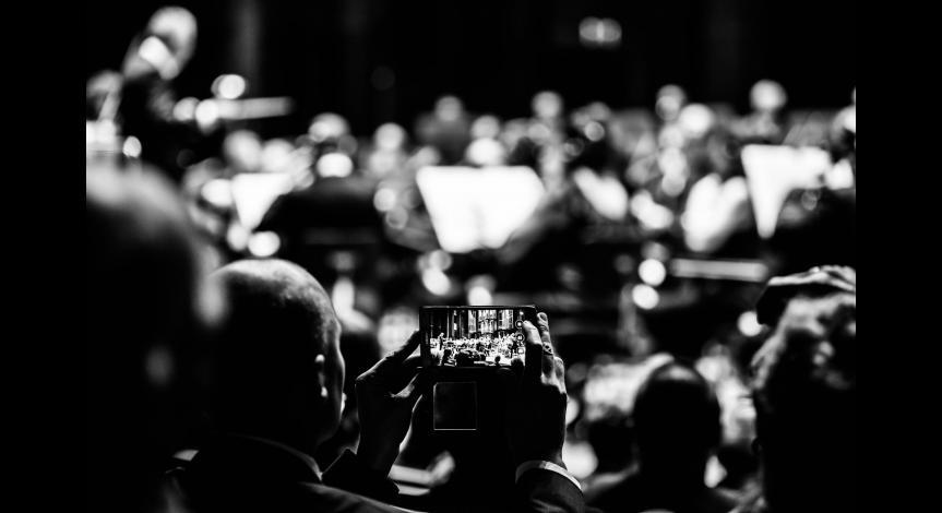 Powiększ obraz: Muzyka dla upamiętnienia