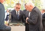 Pokaż powiększenie powyżej: 75. rocznica powstania więźniów niemieckiego nazistowskiego obozu zagłady w Sobiborze